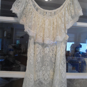 Size Medium/Large Lace off the Shoulder Womens  Hippie Boho Gypsy Top