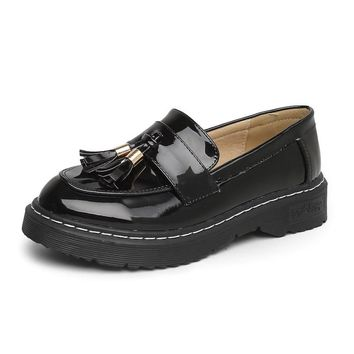 GOXPACER Women Shoes Fashion Single Shoes British Tassel Lacing Plus Patent Leather PU Flats Spring Vintage 2018 Free Shipping