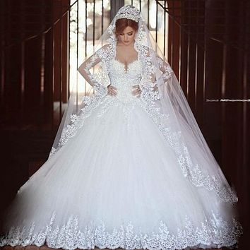 HOT SALE Sexy Long Sleeves Ball Gown Lace Wedding Dress 2017 Luxurious Romantic Beaded Sequins Appliques Long Bridal Go