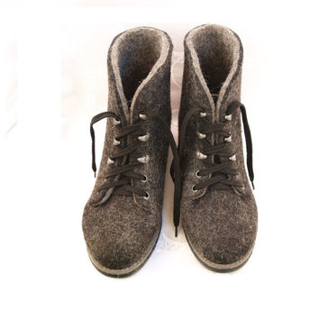 Outdoor felted shoes with rubber soles. Eco fashion shoes for women, woman. Woolen shoes.