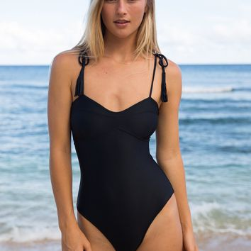 ACACIA Swimwear 2018 Ulumalu One Piece in Black Beauty