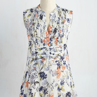 On Your Roam Time Tunic in Spring Blooms | Mod Retro Vintage Short Sleeve Shirts | ModCloth.com