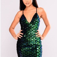 Deep V-neck Spaghetti Straps Backless Sequins Short Club Dress