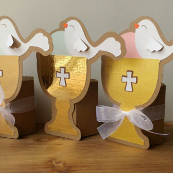 First Communion Party Favors - 10 Gold Chalice Favors - Baptism Favor - Confirmation Party Favors - Religious Favors - First Communion Boxes
