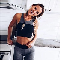 Women's Fitness Suits Cropped Tank Workout Patchwork Bra Top And Legging Pants 2 Pieces Set 2018 Fashion Ladies Sexy Tracksuit