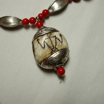 Jewelry Necklace Tribal Ancient Shell Coral Thai Silver