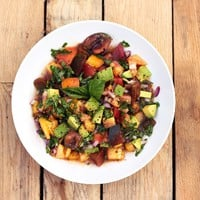 Heirloom Tomato and Avocado Salad (Gluten-Free + Vegan) - Free People Blog