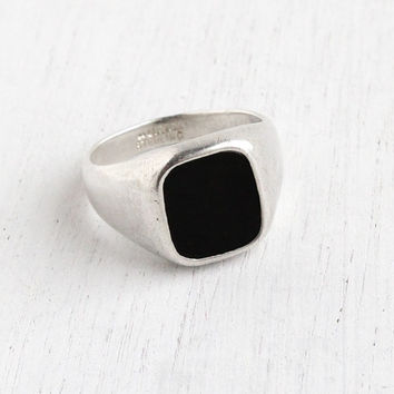 Vintage Sterling Silver Black Onyx Ring - Retro Mens 1970s Size 11 Hallmarked Avon Classic Statement Jewelry
