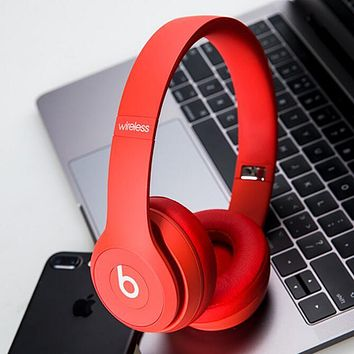 Fashion Beats Solo 3 Wireless Magic Sound Bluetooth Wireless Hands Headset MP3 Music Headphone with Microphone Line-in Socket TF Card Slot Red I