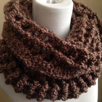 Free US shipping - Cowl Scarf Crochet Snood Chunky Circle Scarf, Infinity Scarf, Brown Variegated, Neckwarmer, Winter Fashion, Hood Scarf