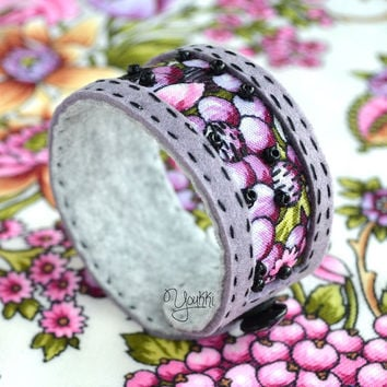 FREE SHIPPING Lilac pink textile wrist cuff - Embroidered bracelet - Romantic textile cuff bracelet - Russian scarf bracelet - Original gift