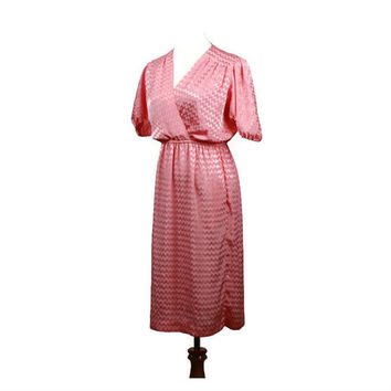 pink dress / vintage 80s retro dress / chevron dress