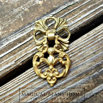 Teardrop Pulls Gold Drawer Pulls Victorian Decor Furniture Drawer Pulls Vintage Cabinet Pulls KBC Drawer Pulls French Country Drop Pulls