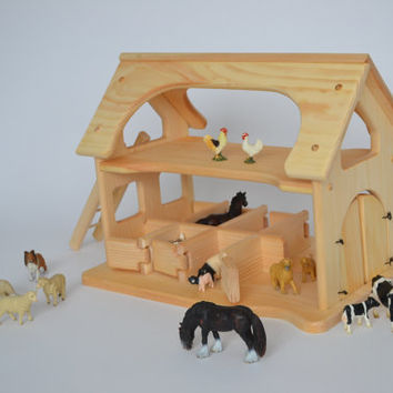 Natural Wooden Toy Sams Stable