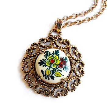 Vintage Delft Polychrome Flower Pendant - Delft Necklace -  Made in Holland - Yellow Purple Blue Daisy - Painted Floral