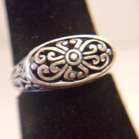 Sterling Silver Filigree Ring .925 Size 6 Romantic Signet Style Jewelry Feminine Scroll Work Fashion Accessories For Her