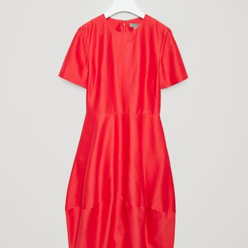 Dress with cocoon skirt - Fresh Blush - Sale - COS US
