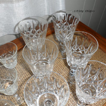 1970s Vintage Cross and Olive Cut Crystal Wine and Sherry Stemware/Crystal Stemware/Beautiful Crystal Drinking Glasses 4 Wine and Sherry