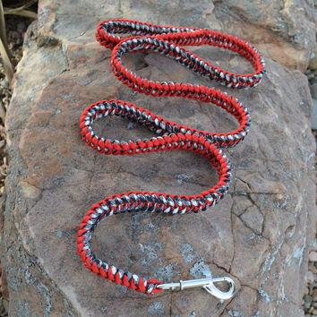 Handmade Paracord Clip Leash, Red, Black and White