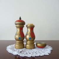 vintage luxe salt and pepper shaker by thelittlemarket on Etsy