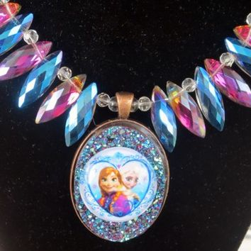 Frozen Anna and Elsa Sisters Icicle Crystal Pearl Necklace