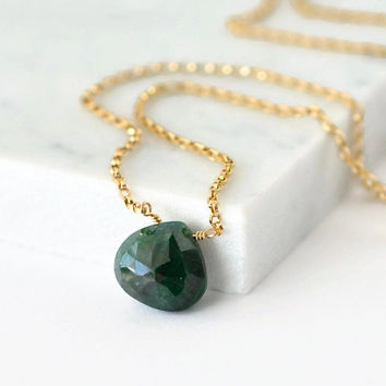 Emerald Necklace / Gold Emerald Necklace / May Birthstone Jewelry / May Birthstone Necklace / Emerald Green Solitaire Necklace / 16 Inch