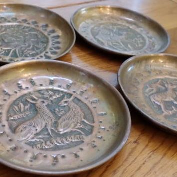 Set of Four Round Vintage Woodland Themed Hammered Etched Copper Wall Art Heron Wolf Camel Deer Great Mother's or Father's Day Gift
