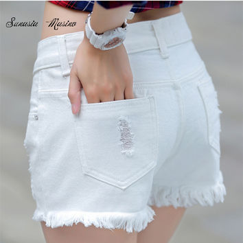 2016 fashion Summer style Cotton denim  lady shorts white hole mid women's denim shorts