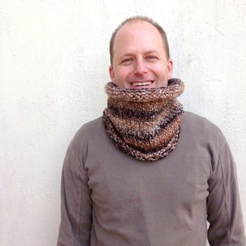 Knit Cowl, Ombre scarf, Unisex scarf, Neckwarmer, Unisex cowl, Multi - colored yarn, for him and for her