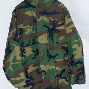 Vintage 1985 Camouflage M-65 Field Jacket, Coat Weather. Medium Long Unisex