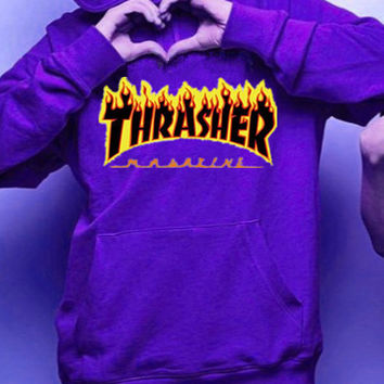 """""""Thrasher""""Men and women with the flame hooded couples sweater(Black-yellow letters) Purple"""