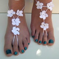 Flower Barefoot Sandals, White barefoot sandles, Beach Wedding, Bridesmaid accessory, bride foot jewelry