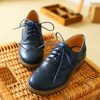 New 2015 Fashion Brogue Oxford Shoes For Women Vintage Lace Up Flat Women Oxfords  Ladies Casual Flat Oxford Shoes Size 34-43