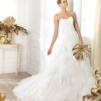 Pronovias presents the Leiben wedding dress. Dreams 2014. | Pronovias