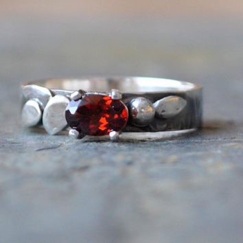 Red Garnet Sterling Silver Leaf Ring by DalkullanJewelry on Etsy