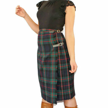 1960s tartan kilt. Vintage women's Scottish skirt. Green blue red. Wool pleated plaid skirt. Size SMALL. Wrap around. Archie Brown and Son