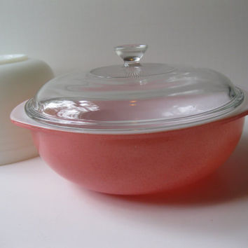 Vintage Pyrex Flamingo Pink Round Baking Dish with Lid