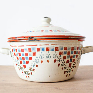 Very cute and rare enamel french tureen - Art déco Vintage white, red and blue Enamelware tureen - Home Decor - Country style - Shabby chic