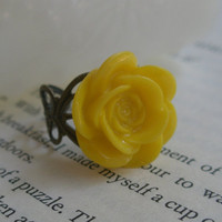 Yellow rose ring- Yellow ring- Yellow rose- Antique bronze ring- Adjustable ring- Filigree ring- Heart ring- Fashion ring- Statement ring