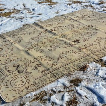 Kurdish Rug, Proddy Rug, Nursery Area Rug, Designer Rug 6x10, Large Rug, Rugs Vintage,  Rug for Bed, Beige yellow Rug, 9.7 x 6.2 Feet AG183
