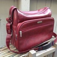 Cranberry Red Samsonite Silhouette Overnight Shoulder Bag Soft Vinyl Carry On Luggage Retro 80s Weekend Getaway Carry All Mens Diaper Bag