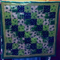 Shamrock Green Quilt St Patricks Day Irish Lucky lap size four leaf cl