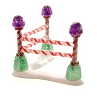 Dept 56 Accessories GUMDROP PARK CORNER FENCE Polyresin Village Candy 4047574