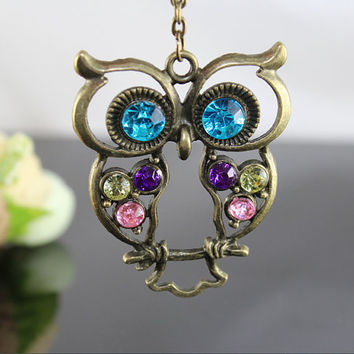 Owl vintage necklace by BeautyandLuck