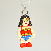 Wonder Woman minifig necklace in gift box