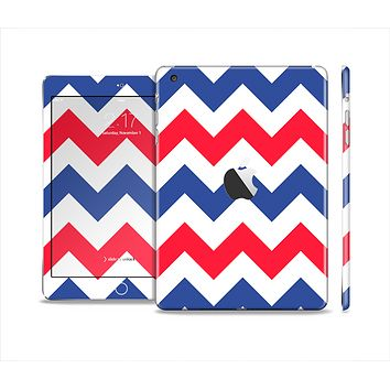 The Patriotic Chevron Pattern Full Body Skin Set for the Apple iPad Mini 2
