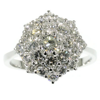 Diamond Cluster Ring vintage engagement ring white gold 18kt diamond brilliant cut 2.41ct for sale