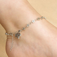 Girls Handmade Vintage Heart Chain Anklet Foot Leg Chain Bracelet Jewelry (Color: Silver) = 1946643396