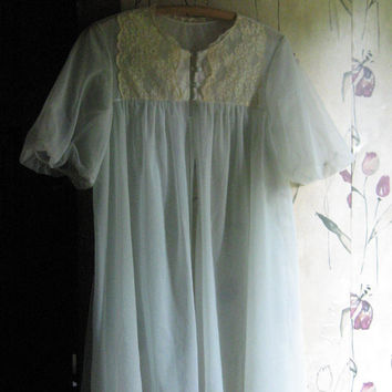 1950  Vanity Fair  sexy  sheer blue double tricot nylon and lace swing style short robe  size small