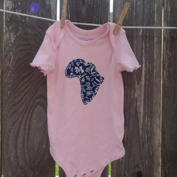Africa Applique Onsie in Baby Pink Size 24 Month